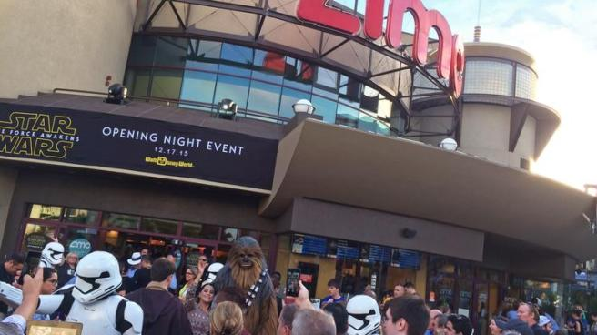 OK, I didn't go Thursday night, but this is the kind of fan experience I would have liked to have had, even as a Star Wars anti-fan. Image courtesy of Orlando Business Journal.